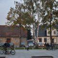 Lokale gminne idą pod młotek przy niemej opozycji