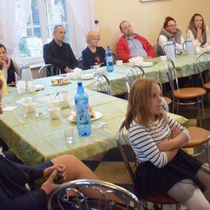 Kolejowo-autobusowe spotkanie w Wargowie