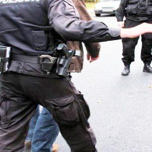 Pijany, bez uprawnień, uciekał policji