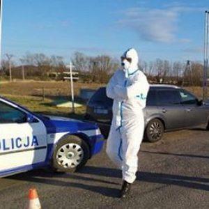 Zapracowana policja żartobliwie namawia do niepopełniania przestępstw