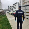 Policja odnalazła oborniczanina, który powinien być na kwarantannie, ale wyszedł z mieszkania
