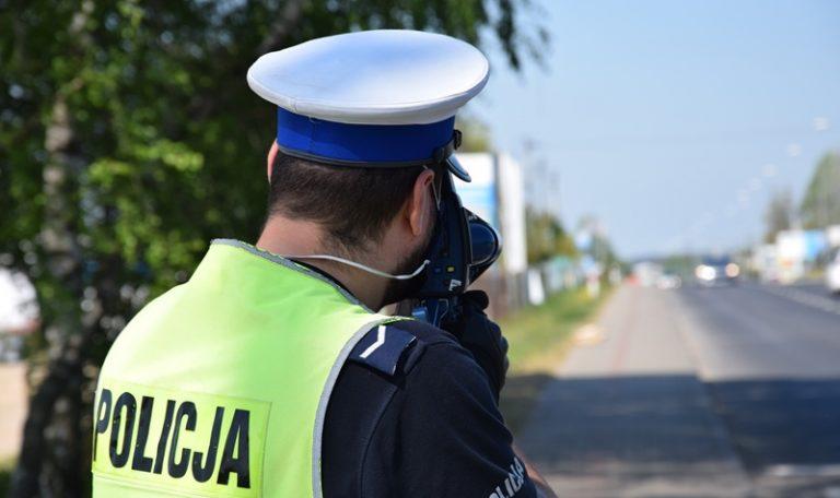 W środę policja zatrzymała trzy prawa jazdy