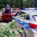Oborniccy policjanci staranowali Fiata Uno z pijanym kierowcą
