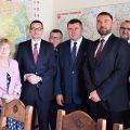 Jak chroniono premiera Morawieckiego w Obornikach, czyli o próbkach z trzech termosów