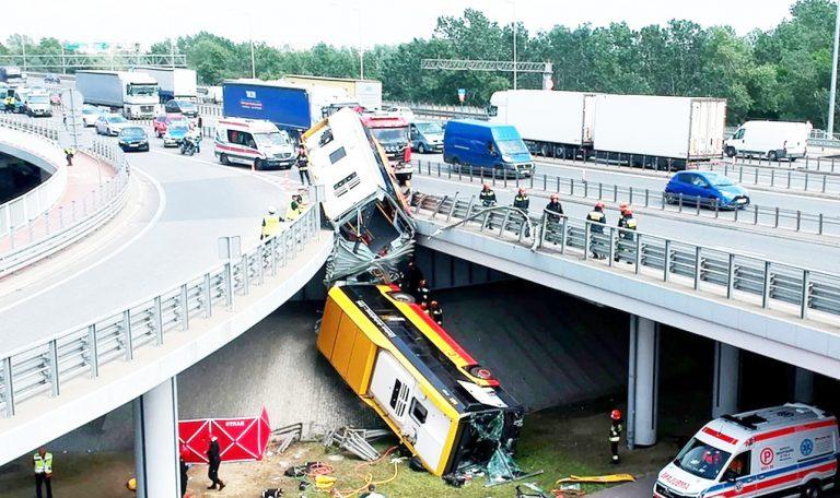 Kłopoty z Arrivą –  po wypadkach autobusów tego przewoźnika w Warszawie. Czy spółka wygra przetarg w Obornikach aż na siedem lat?