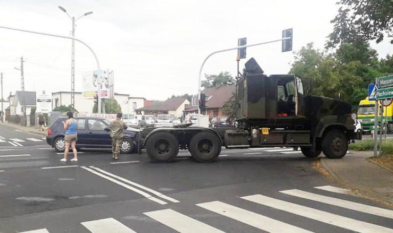 Kolizja z amerykańską ciężarówką w Rożnowie