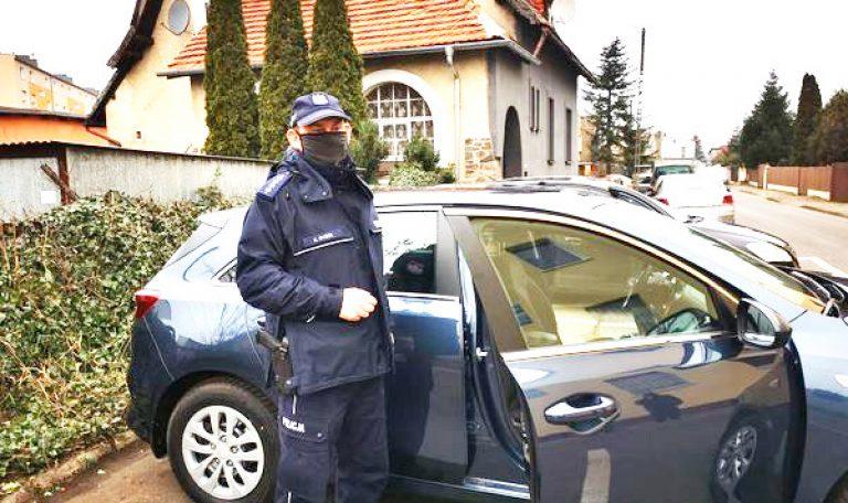 Nieoznakowany radiowóz dla rogozińskiej policji