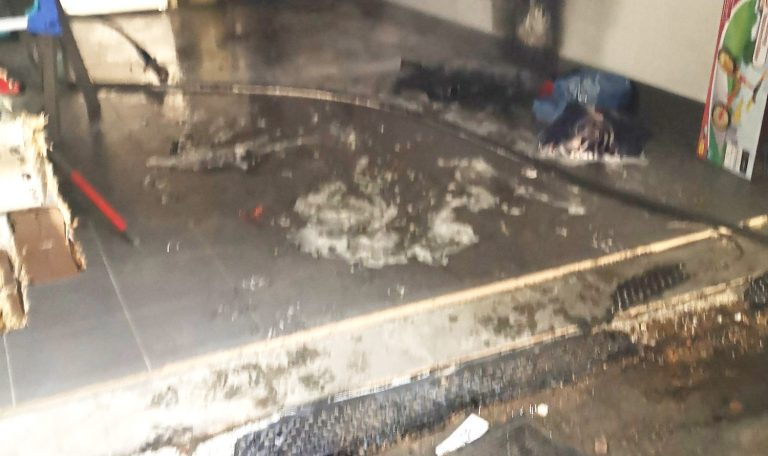 Pożar w garażu